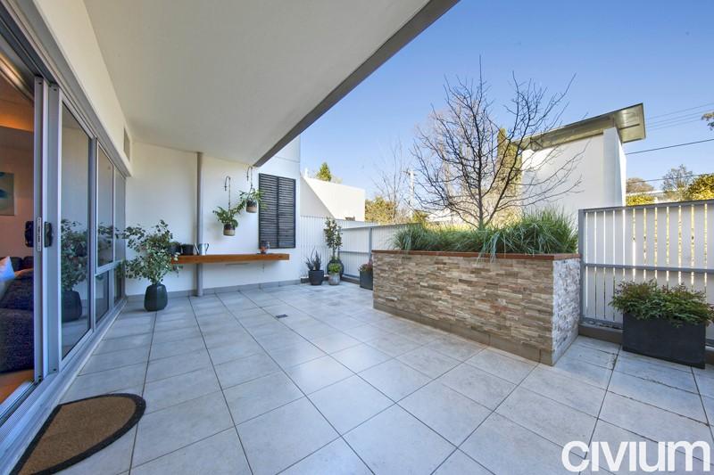 Landscape design and construction in canberra for Landscape architect canberra